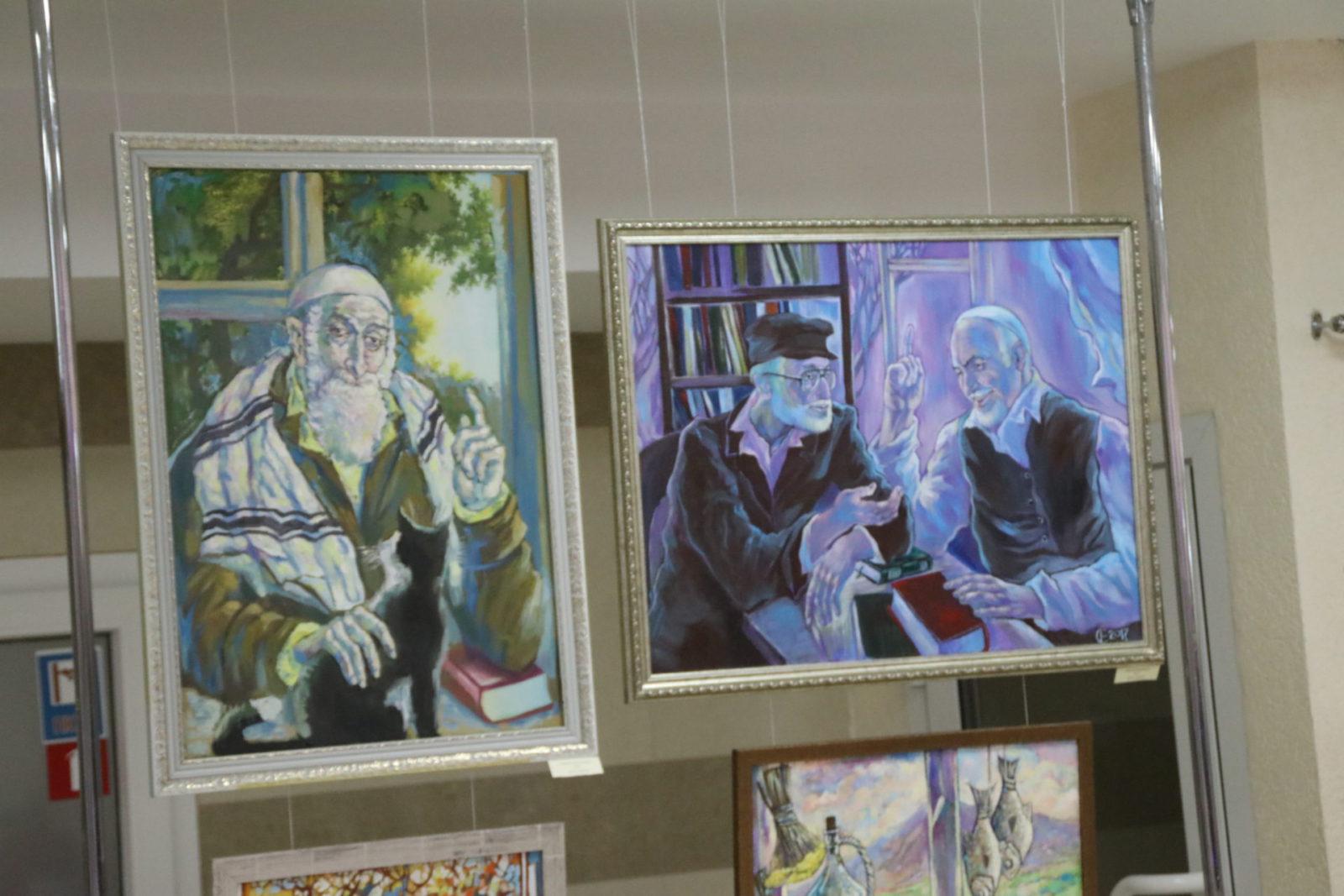 В библиотеке им. Франко открылась выставка «Мазаль Тов»