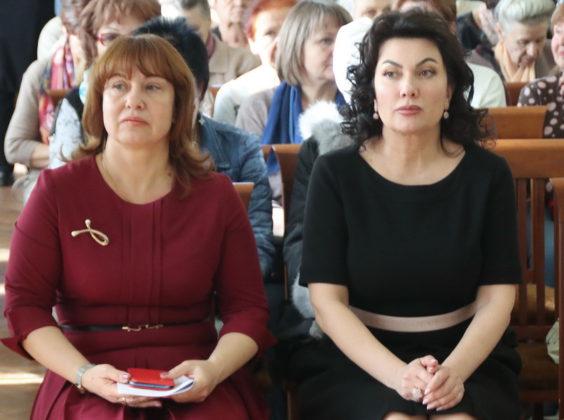 Выставка льняных икон Владимира Денщикова