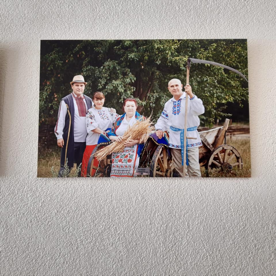 В Госкомнаце Крыма открыли фотовыставку в честь реабилитированных народов [фото]